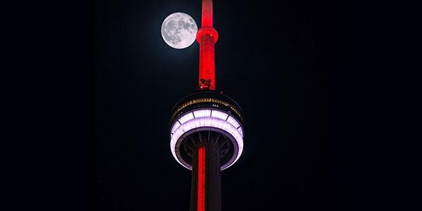 Cena en la Torre CN Toronto