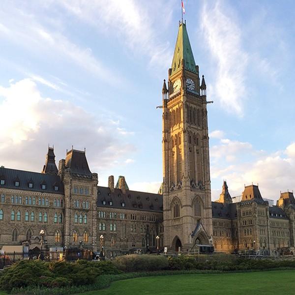 Visita de Ottawa capital de Canadá