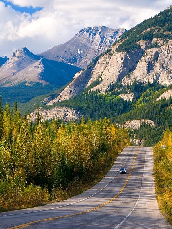 Carretera de los glaciares en Canadá