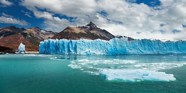Paseo en kayak hasta el Perito Moreno en Patagonia Argentina