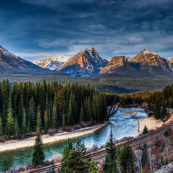 Parque Nacional de Banff en Canadá Montañas Rocosas