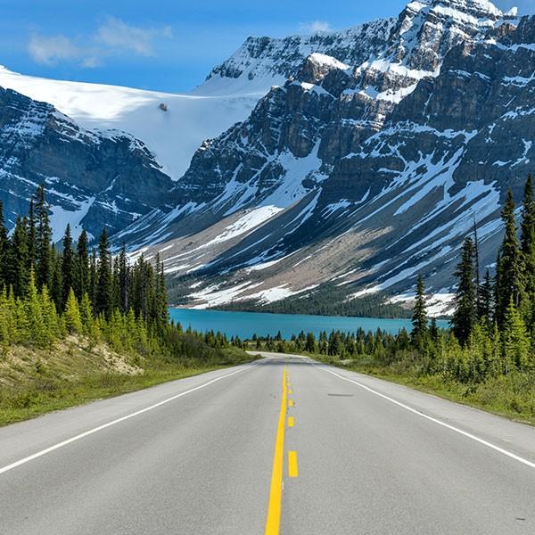 Carretera de los glaciares en viaje hacia Jarper, en Canadá