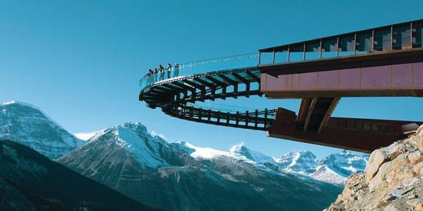 Skywalk en Jasper, vista sobre las Montañas Rocosas de Canadá