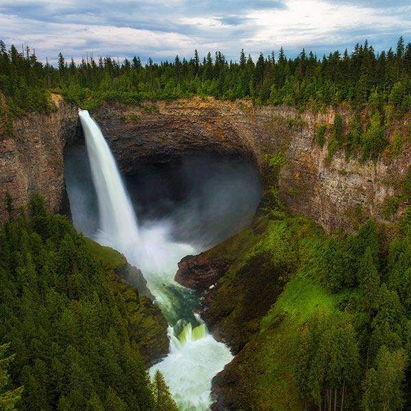 Parque Wells Gray en British Columbia, Canadá