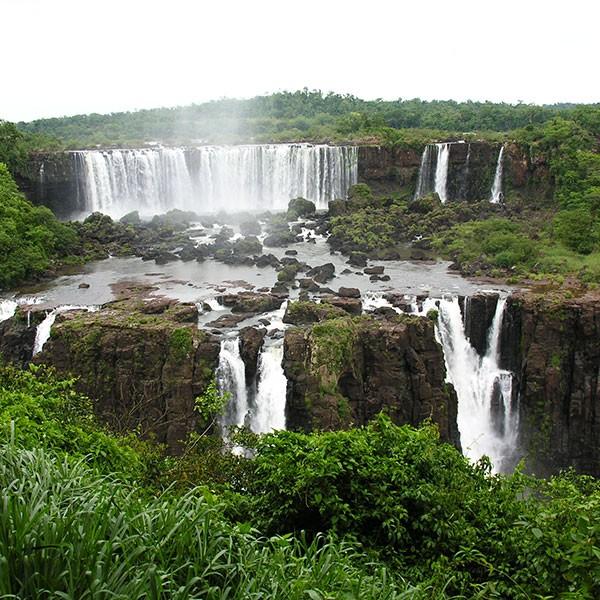 Viajes a Iguazú, frontera Argentina y Brasil