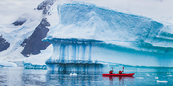 Kayak de invierno en la Antártida