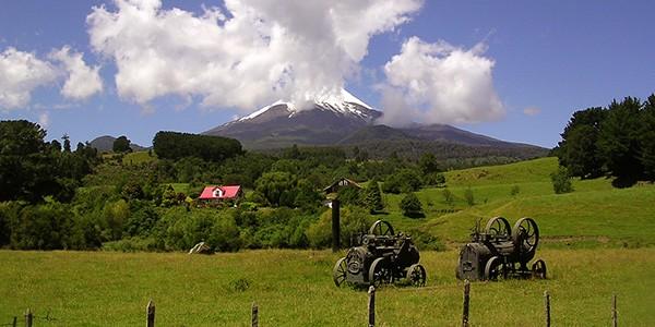 Ruta a pie desde el Parque Vicente Pérez Rosales hasta el volcán Osorno en Chile
