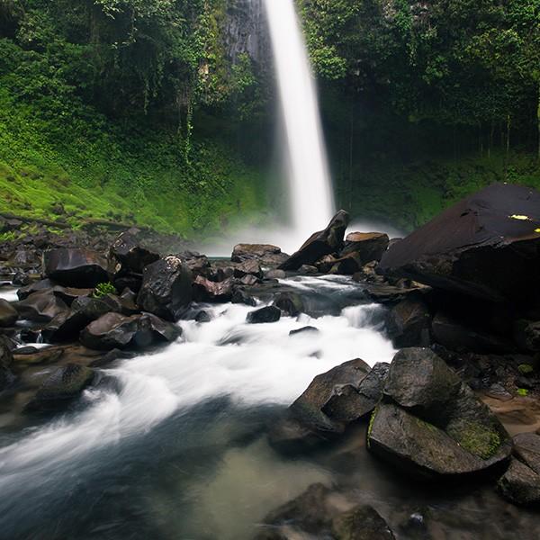 Catarata La Fortuna, visita en el viaje a Costa Rica y Nueva York