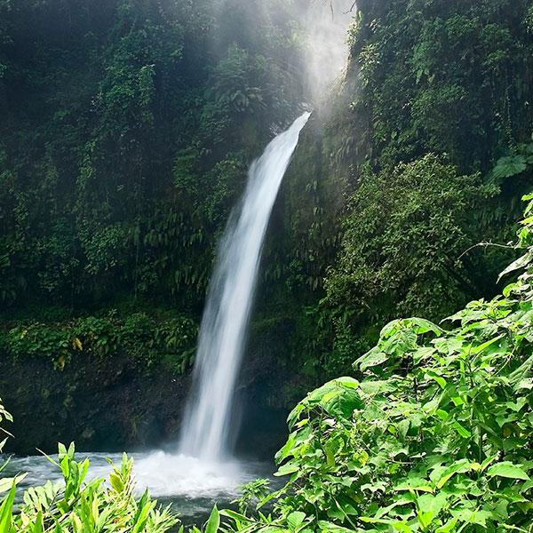 Catarata la Paz, Costa Rica