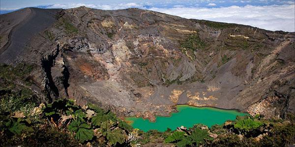 Ruta hasta el volcán Irazú, turismo activo en Costa Rica