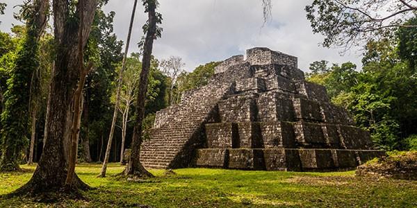 Visita a Yaxhá en Guatemala