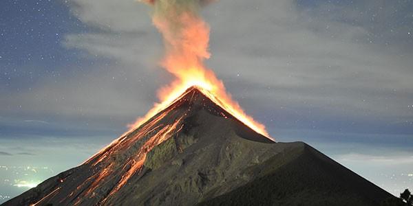 Ruta a pie hasta el cráter del volcán Pacaya
