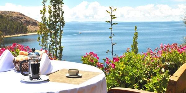 Hotel Isla Suasi en el lago Titicaca
