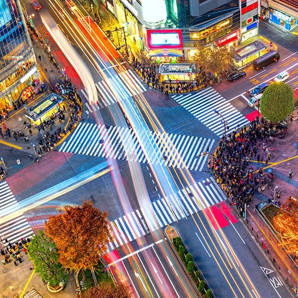 Cruce Shibuya en Tokio, viaje a China y Japón