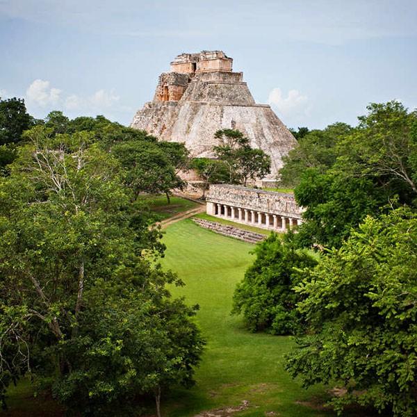 Sitio arqueológico de Uxmal, México
