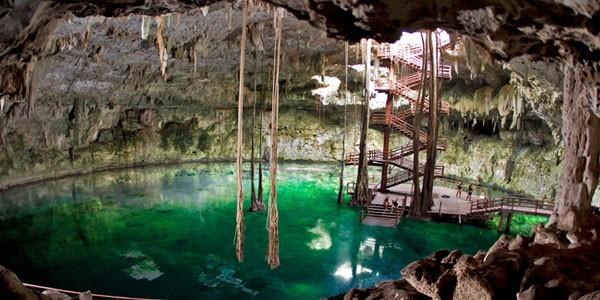 Cenote Maya Park, México