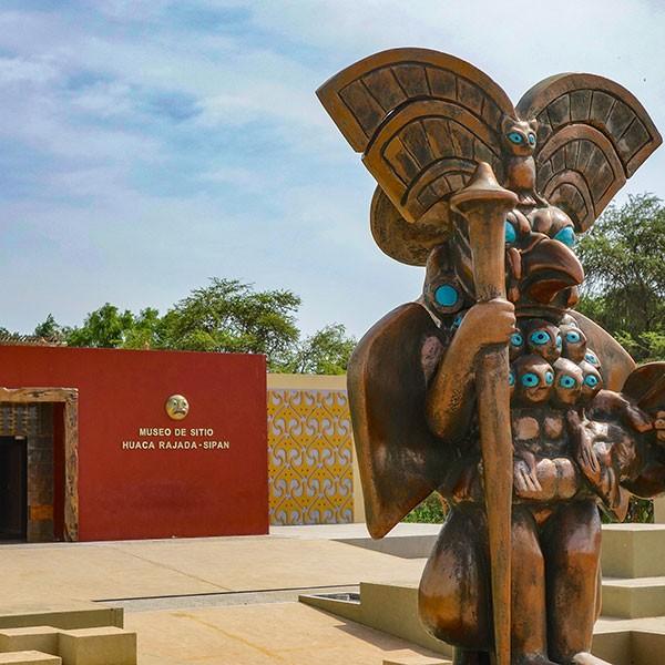 Museo de las Tumbas Reales de Sipán en Chiclayo, norte de Perú