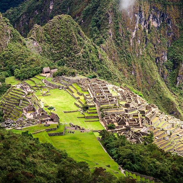 Machu Picchu, la ciudad perdida de los incas, en Valle Sagrado, Perú