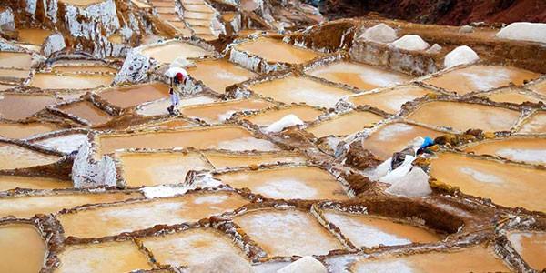 Salineras de Maras en Valle Sagrado Perú