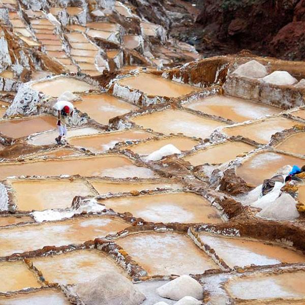 Salineras de Maras en el Valle Sagrado de Perú