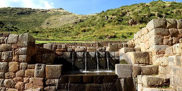 Centro de adoración al agua Tipón