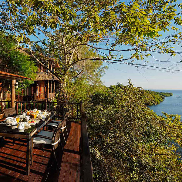 Paisaje de Bali desde la terraza del Resort Menjangan