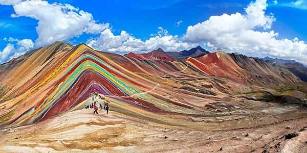 Trekking a la Montaña de los 7 colores desde Quechuyno