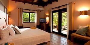 Hotel Cala Luna en Tamarindo con clases de surf, Costa Rica