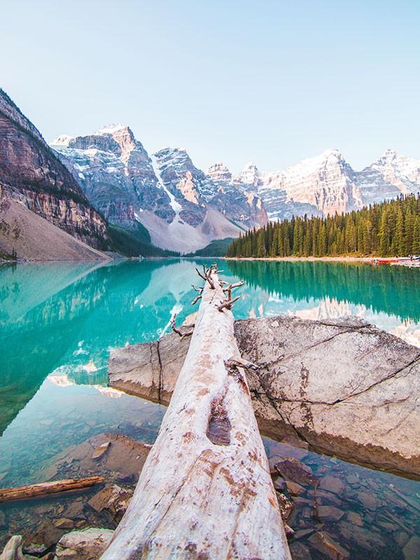 Moraine Lake en Banff, Canadá costa oeste