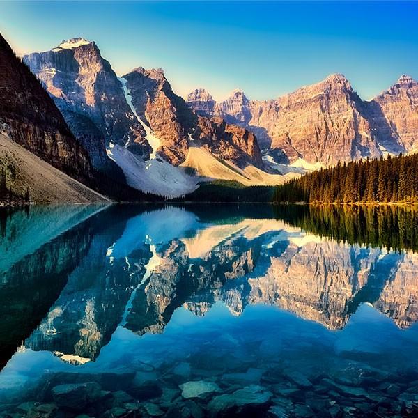 Moraine Lake en el Parque Nacional de Banff, Canadá
