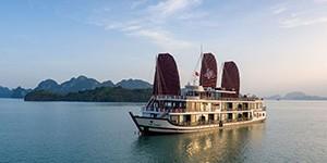 Crucero por la Bahía de Halong en Azalea Cruises
