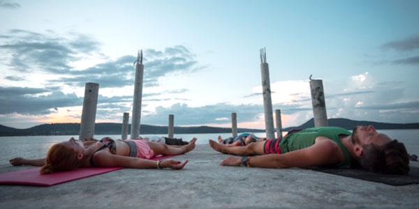 Yoga en Koh Rong Laguna Resort Camboya
