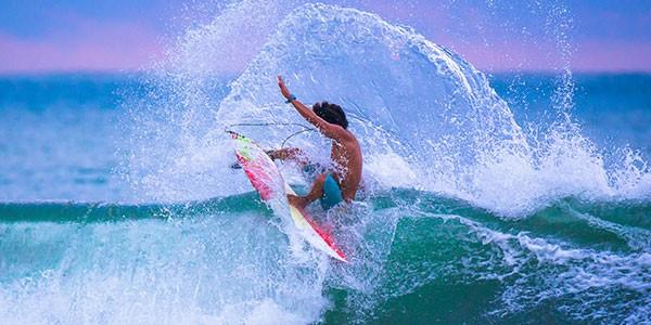Practica surf en tu viaje a Australia