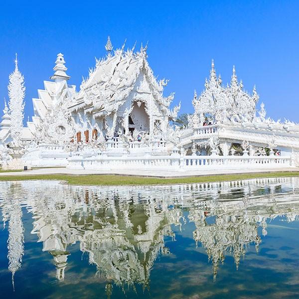 Templo blanco en Chiang Rai, Tailandia