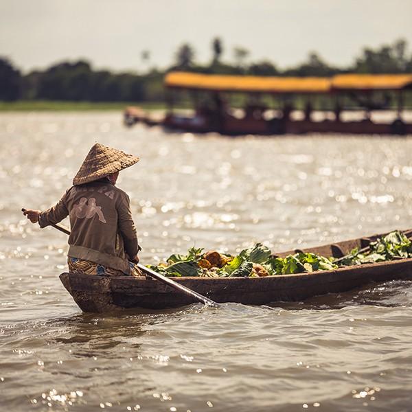Mercado flotante en My Tho, Vietnam