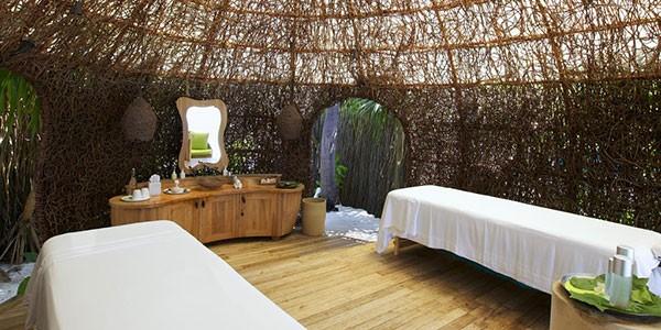 Spa, sala de masajes y tratamientnos de belleza