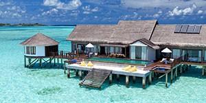 Resort overwater Ozen Maadhoo en Maldivas