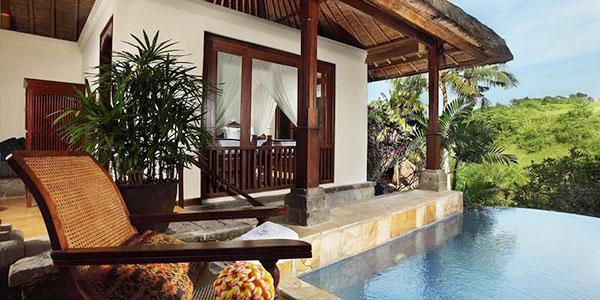 Mejora tu hotel en tu viaje a Indonesia 15 días alojándote en Warwick Ibah