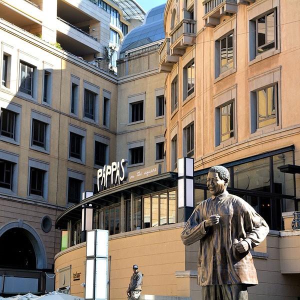 Estatua de Nelson Mandela en Johannesburgo