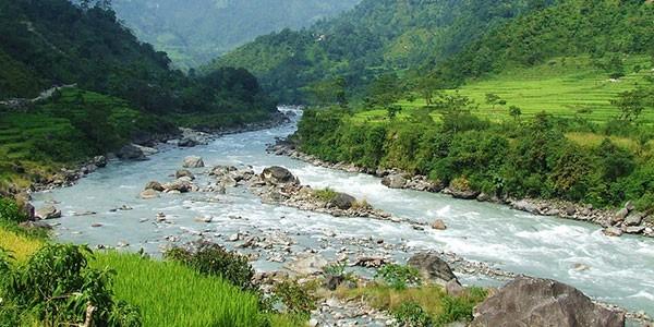 Rafting en el río Trishuli