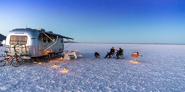 Caravana de lujo para dormir en el salar de Uyuni