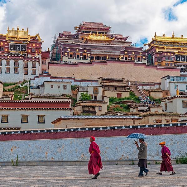 Monasterio de Songzanlin en el viaje a Yunnan China