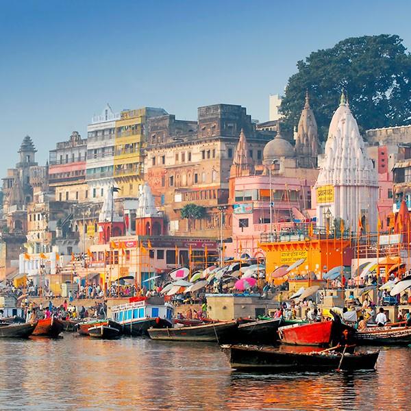Río Ganges en Benarés