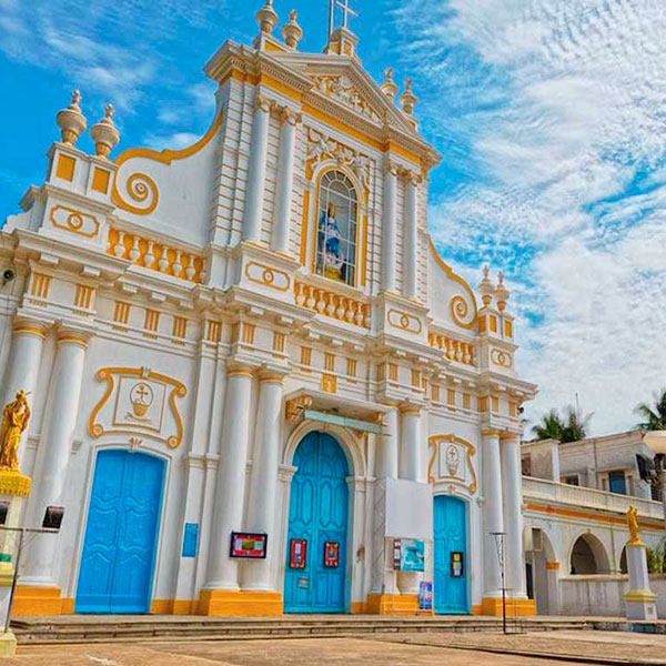 Iglesia del Sagrado Corazón en Puducherry, India