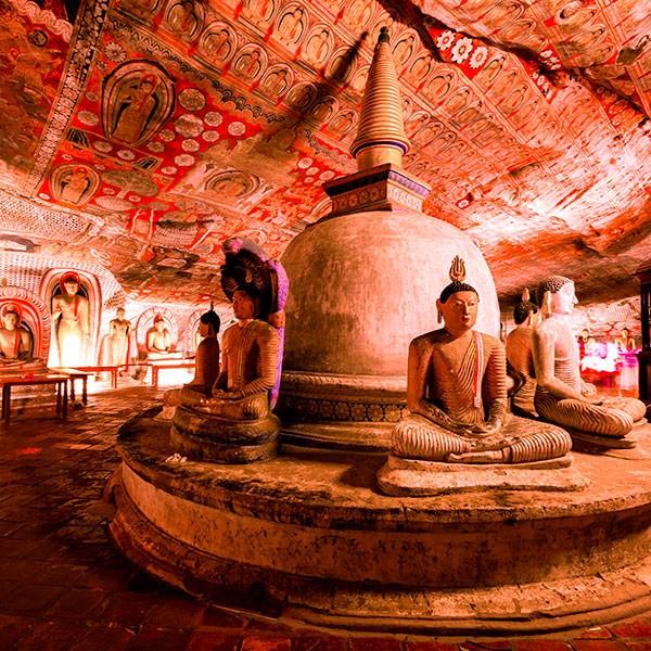 Templo de Oro de Dambulla en Sri Lanka