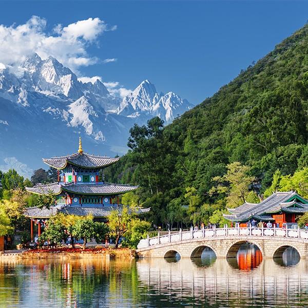 Montaña Nevada del Dragón de Jade en Yunnan, China