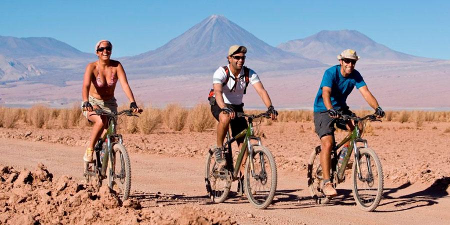 Turismo activo en el desierto de Atacama: Quitor en bici