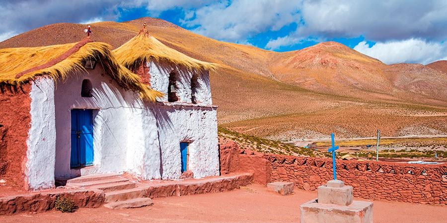 Actividades de aventura en Atacama: Machuca en moto