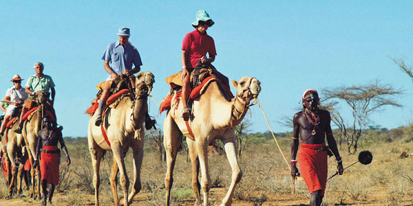 Safari en camello por Samburu en Kenia