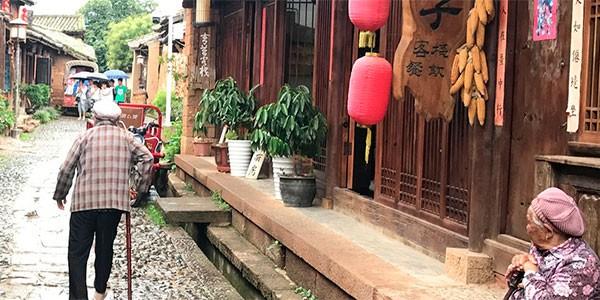 Visita a familia tibetana en Shangrilá en el viaje a Yunnan y Sichuan